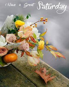 Red Centerpieces, Rustic Wedding Centerpieces, Wedding Tables, Floral Wedding, Wedding Flowers, Fall Flowers, Orange Wedding, Fall Arrangements, Spray Roses