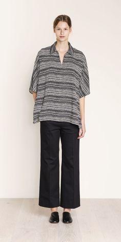 MARIMEKKO VIGER TUNIC – pirkko.  #pirkkoseattle #pirkkofinland #blackandwhite #blouse #tunic #johnnycollar