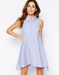 Now this is my kinda summer dress, perfectly feminine with that masculine finish!