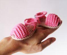 Inspiración zapatitos de bebé.  Open Toe Baby Sandals - PDF crochet pattern