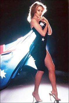Kylie and Aussie flag Beautiful Legs, Beautiful Outfits, Beautiful Women, Divas, Monster Energy Girls, Dannii Minogue, Female Singers, Melbourne, How To Look Better