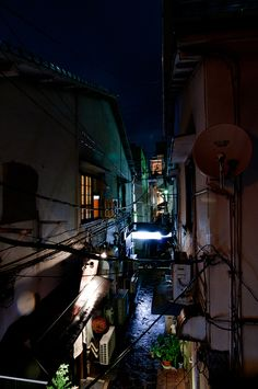 """ An alley in Nishi-Nakasu,Tokyo,Japan by Tuomas Xi . Invisible Cities, World Of Darkness, Alleyway, Dark Places, Cool Places To Visit, Night Life, Art Photography, Beautiful Places, Scenery"