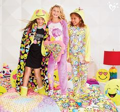 Emoji crazy? We are too. Get your emoji essentials for room and sleep!