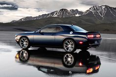 Dodge Unveils the 2015 Challenger SRT Hellcat