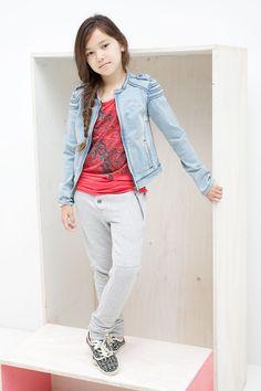 Kidsfashion Tumble N Dry Meisjes Sweatpants |  heerlijke comfortabele joggingsbroek voor meisjes dat er ook nog eens erg trendy uit ziet | Online verkrijgbaar op www.kienk.nl