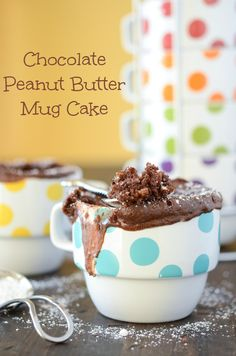 Chocolate Peanut Butter Mug Cake- Tried this last night and it was SO good! Great for when you don't want to bake a whole pan of something or use your oven. Microwaveable quick treat? Heck yes!