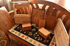 Meșterul popular Dan Gherasimescu face opere de artă din orice bucată de copac Wood Carving, The Creator, Orice, Chair, Dan, Popular, Furniture, Blouse, Home Decor