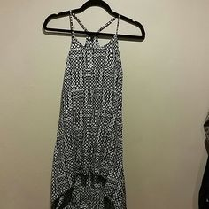 G by guess High low dress NWOT! Cute high low dress G by Guess Dresses High Low
