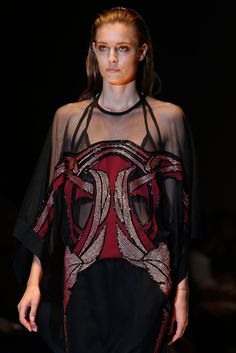 Gucci Spring 2014 Ready-to-Wear - Details - Gallery - Style.com