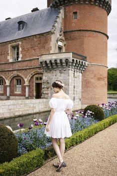 L'Allée du Roi Alma Mater, Miss Pandora, Louise Ebel, Warm Weather Outfits, Delpozo, White Dress, Dressing, Men's Style, Womens Fashion