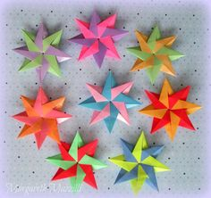 ❉  Star Corona Grande ❉  . Autor: Maria Sinayskaya . Instruções de dobra: Origami 4ik ( https://www.youtube.com/watch?v=A5zQCionMSk ) . Dobrado por: Margareth Mazzilli  Setembro2015