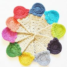 Ice Cream Crochet Garland Applique - Tutorial ❥ 4U hilariafina  http://www.pinterest.com/hilariafina/