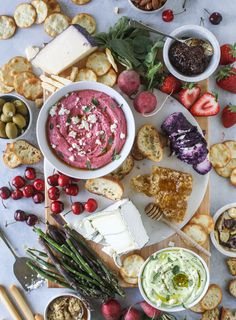 Late spring cheese board with beet whipped feta ~ Beautifully pink beet dip paired with all of the usual cheese board suspects. Summertime snacking couldn't be tastier! Beet Recipes, Salad Recipes, Healthy Recipes, Zoodle Recipes, Whipped Feta, Beet Hummus, Crudite, Charcuterie, This Is Your Life