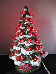 Vintage Ceramic Christmas Tree Red Birds Light Up Green Flocked Ponsettia Base