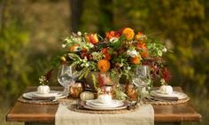Fall wedding tablescape with autumn color palette | Kristina Lynn Photography & Design