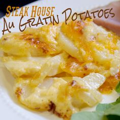 A great au gratin potato recipe that uses all wholesome ingredients. Perfect served with steak or ham. So yummy! #potatoes #cheese #cheesypotatoes #augratinpotatoes
