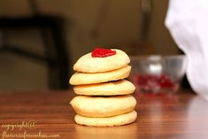 Famous Eggless Shrewsbury Biscuits from Pune but eggless version! How to make Eggless Shrewsbury Biscuits, Shrewsbury Shortbread. Eggless Recipes, Eggless Baking, Baking Recipes, Cookie Recipes, Whole Wheat Cookies, Kinds Of Desserts, Indian Sweets, Cake Cookies, Biscuits
