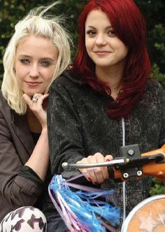 Naomi and Emily, Skins.