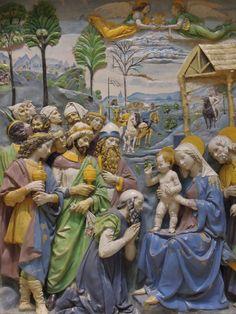 Andrea della Robbia. The Adoration of the Magi. altarpiece, enamelled terracotta, Florence, circa 1500–1510