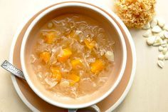 white-fungus-papaya desert soup