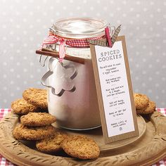 Cookie Mix Jar - makes ca lovely christmas gift, or cupcake mix for a birthday gift