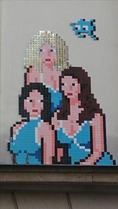 Paris--France--PA-1280-17eme-50pts Street Art, Space Invaders, Mosaic Art, Paris France, Pixel Art, Cartoons, Haha, Children, Cartoon