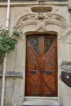 Bonjour Nancy ! Tous les jours à 10 h une nouvelle photo de la ville de Nancy - Ville de Nancy - Porte Art Nouveau