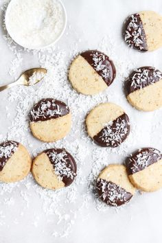 coconut & ginger shortbread cookies, food photography, food styling