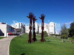 Vende-se apartamento T4, junto à Praça S. João Batista, Almada - Portugal Invest