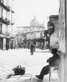 Napoli, Piazza del Mercato
