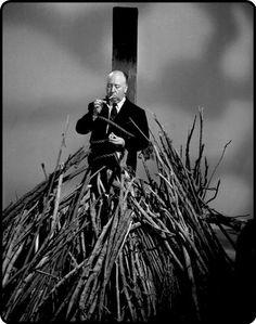 Sir Alfred Joseph Hitchcock (Leytonstone, Londres, 13 de agosto de 1899 - Bel Air, Los Ángeles, 29 de abril de 1980)