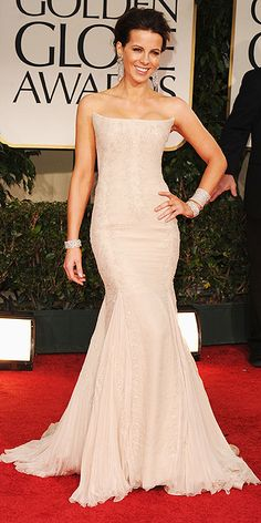 Kate Beckinsale at the 2012 Golden Globes.  I'm in LOVE with this dress!!!!!!!!!!!!!!!!!!!!!!!!!!!!!  My absolute FAVORITE of the night ♥