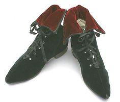1890 velvet boots