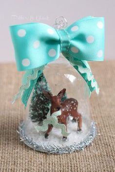 A beautiful vintage-inspired handmade DIY snow globe ornament for your Christmas tree. Handmade Ornaments, Diy Christmas Ornaments, How To Make Ornaments, Vintage Christmas, Christmas Decorations, Handmade Candles, Holiday Decorating, Dollar Store Christmas, Dollar Store Crafts