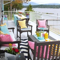 Thrifty Ideas to decorate your summer deck at The Happy Housie