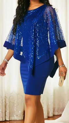 Love the bright blue of this dress.  It reminds me of the color of a jewel.  Great formal dress.