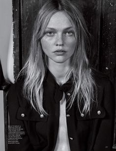 Vogue UK March 2015 - Sasha Pivovarova by Craig McDean - Versus