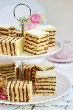 Hatlapos Cookie Desserts, Sweet Desserts, Cookie Recipes, Dessert Recipes, Hungarian Cake, Hungarian Recipes, Sweet Cookies, Cake Cookies, Cookie Time