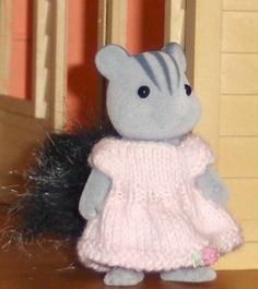 C'est BEAAAAAAAAAAUUUUUUUU Perso, j'ai abandonné l'idée du crochet et du tricot, c'est du chinois pour moi et même avec des cours de belle-maman qui passe sa vi
