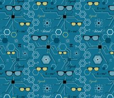 I want to get this fabric and make a quilt!  More Retro Geek
