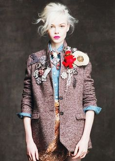 Oh, I WILL be doing this with my vintage brooches; Cyndi Lauper, eat your heart out.