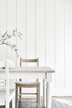 Suffolk dining table painted in Silver Birch. Suffolk dining chair in Seasoned Oak and painted in Silver Birch Painted Dining Chairs, Oak Dining Chairs, Oak Table, Table And Chairs, Dining Room, Brown Furniture, Painted Furniture, Oak Bed Frame, Shaker Style Kitchens