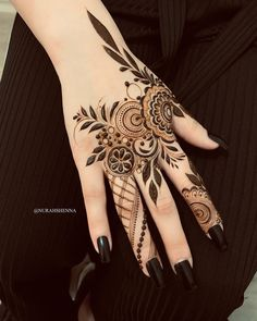 Arm and Hand Henna Tattoos . Arm and Hand Henna Tattoos . Modern Henna Designs, Indian Henna Designs, Finger Henna Designs, Beautiful Henna Designs, Henna Tattoo Designs, Henna Tattoos, Beautiful Mehndi, Body Tattoos, Khafif Mehndi Design