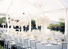 ♡ How to plan a Wedding Reception ... seating guide ♡ https://itunes.apple.com/us/app/the-gold-wedding-planner/id498112599?ls=1=8  ♡ Weddings by Colour ♡ http://www.pinterest.com/groomsandbrides/
