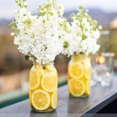 Table setting idea   great with oranges and leaves or fall flowers