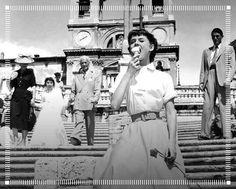 A Roma c'è l'XI @romacinemafest, quale migliore momento per ricordare questo famosissimo film? Avete capito di quale si tratta? #LemongrassGelato #RomaFF11 • • #icecream #dessert #food #foodporn #instafood #italy #foodie #chocolate #instagood #gelateria #italia #foodgasm #picoftheday #italian #foodpics #cioccolato #instadaily #travel #festadelcinemadiroma #auditorium #RomeinCinema #RomeFilmFest #Cinema #Film #FilmFest #FilmFestival  Yummery - best recipes. Follow Us! #foodporn