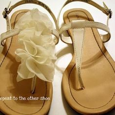 This is a super cute DIY sandal idea! By taking your plain t-strap sandals and adding folded fabric circles you get cute ruffles. What feet wouldn't love a little ruffle detail!