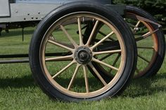 Up-close Stanley Steamer wheels