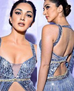 Bollywood Actress Hot Photos, Indian Actress Hot Pics, Beautiful Bollywood Actress, Beautiful Indian Actress, Hot Actresses, Indian Actresses, Kiara Advani Hot, Sexy Legs And Heels, Celebs