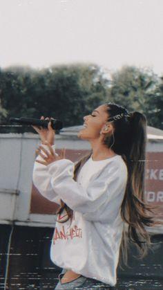 One love Manchester wallpaper lockscreen ariana grande homecreen iphone Ariana Grande Images, Ariana Grande Songs, Manchester Ariana Grande, Ariana Grande Wallpaper, Dangerous Woman, Celebs, Celebrities, S Pic, First Love